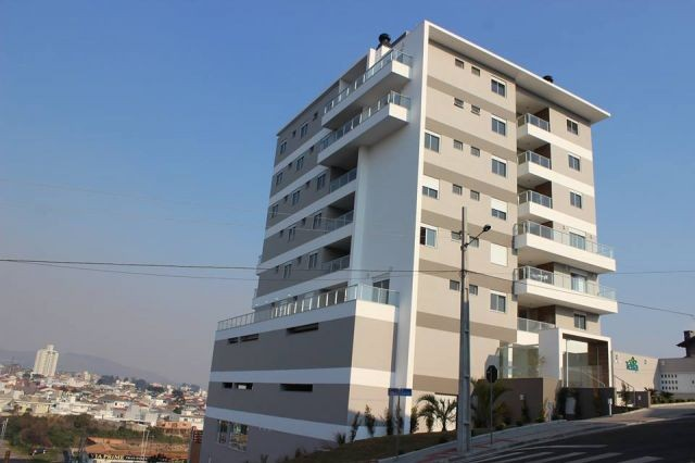 Apartamento 2 dormitórios (1 suíte + closet), Residencial Terra