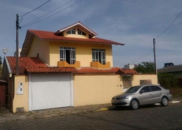 Casa 4 dormitórios (1 suíte), Ref. 2736