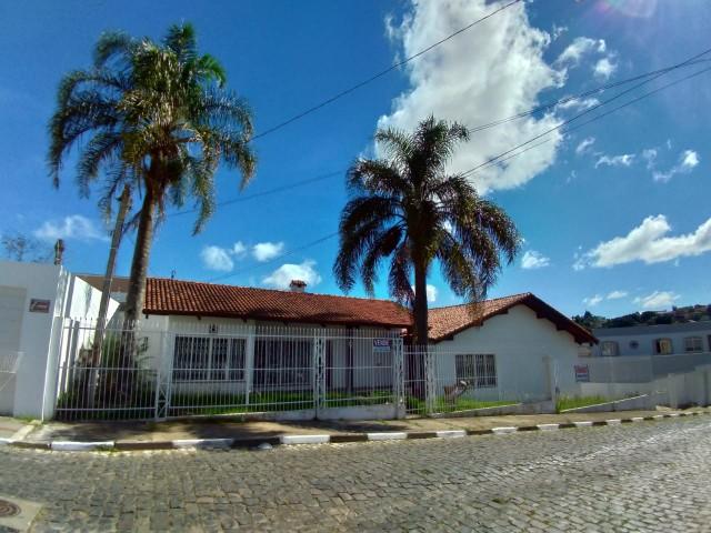 Casa 3 dormitórios(1 suíte) 2 vagas, centro, Lages(SC)