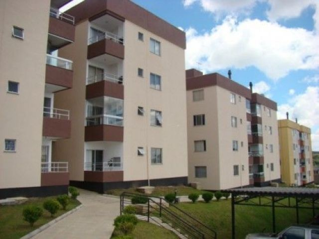 Apartamento em Condomínio Fechado com 03 dormitórios sendo 01 suíte