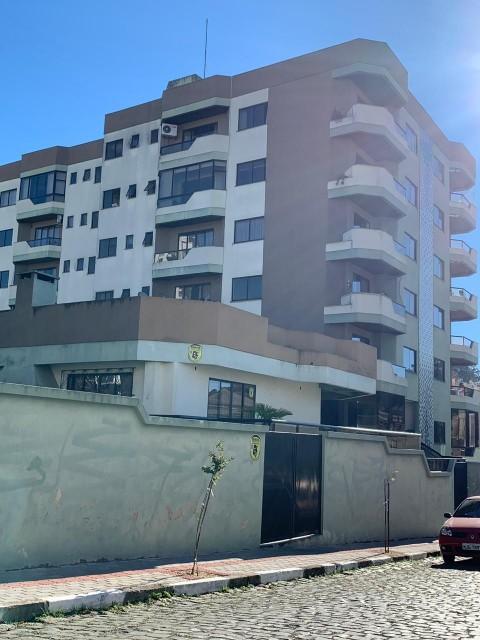 Apartamento  03 Dormitórios Sendo 01 Suíte, 02 Vagas de Garagem - Residencial Villa Bella