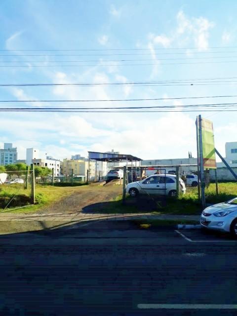 Terreno Bem Localizado com 854 m²